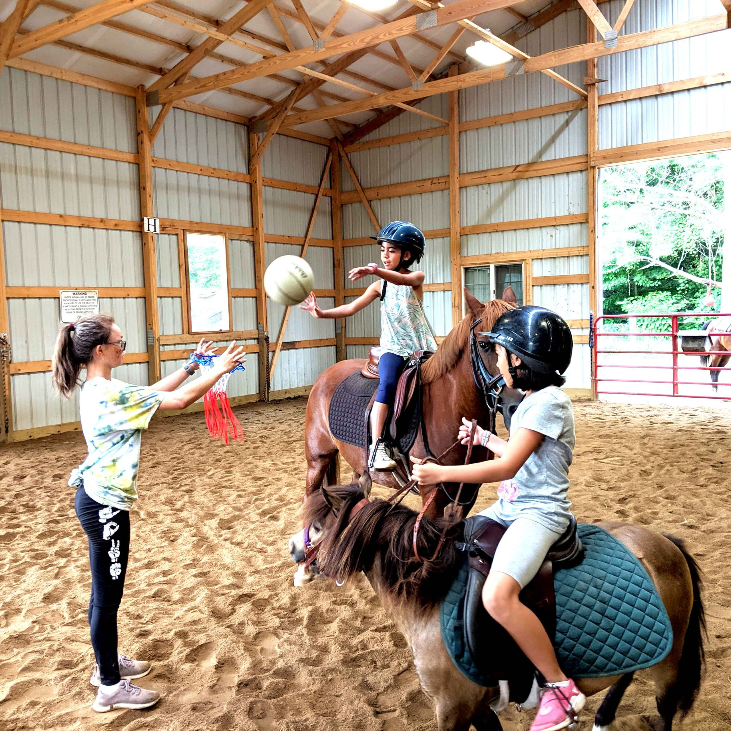 Camps Savage Riding Academy